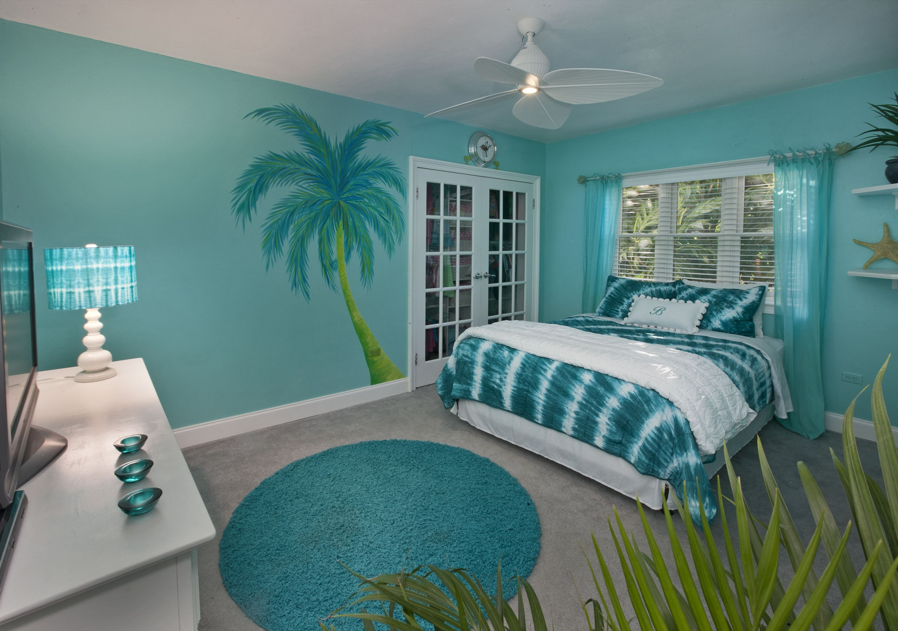My Dream Color For A Bedroom With Images Turquoise Room