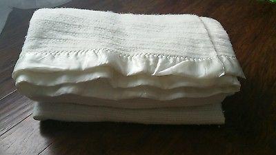 9e48dec28f Vintage Cream Off-White Waffle Weave Acrylic Satin Nylon Trim Blanket 86 x  75 US