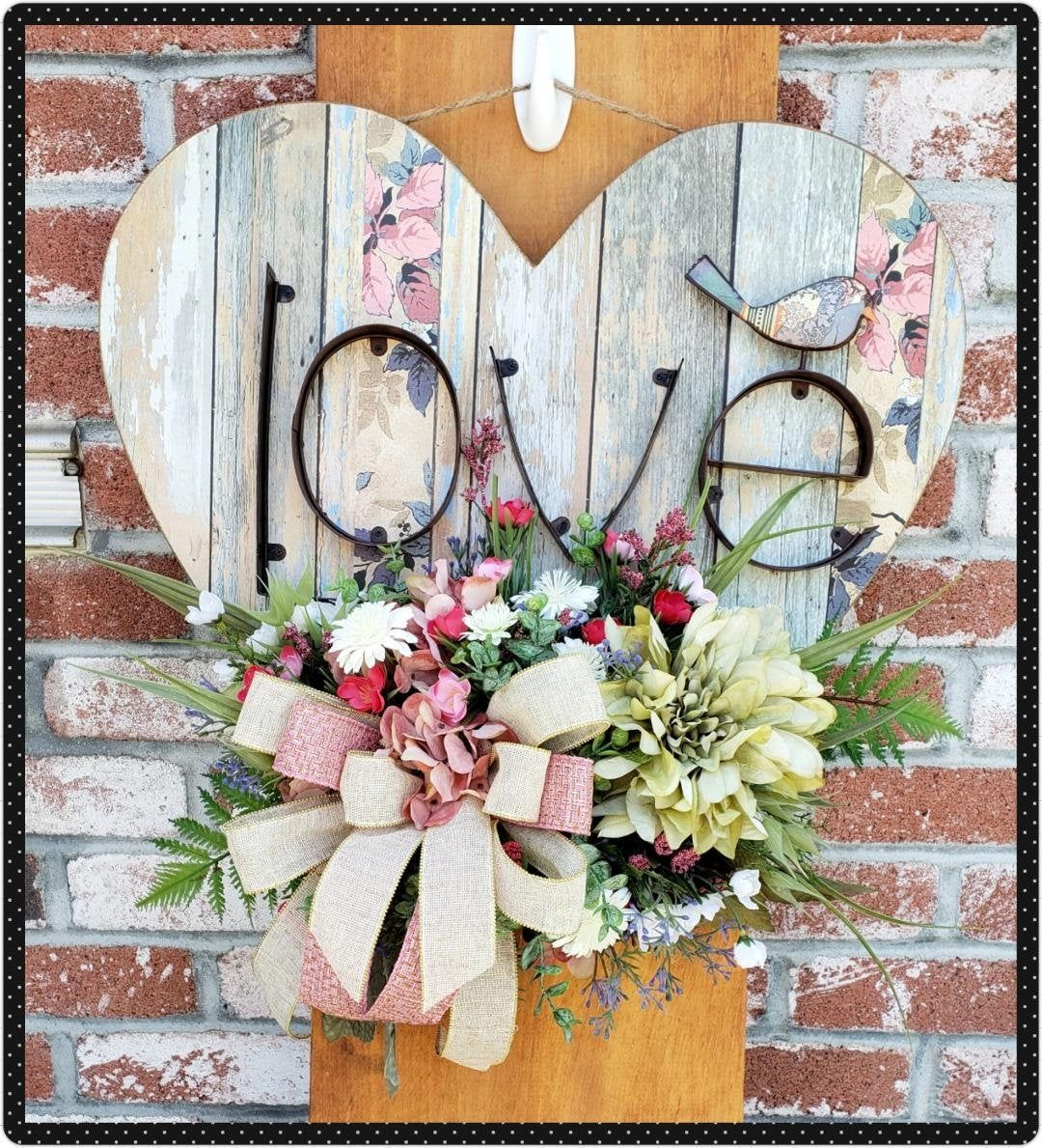 Large Wooden Heart Wall Decor Shabby Chic Floral Arrangement Distressed Love Sign Love Wall Art Hanging Heart Bedroom Decoration Heart Wall Decor Simple Wall Decor Hanging Hearts