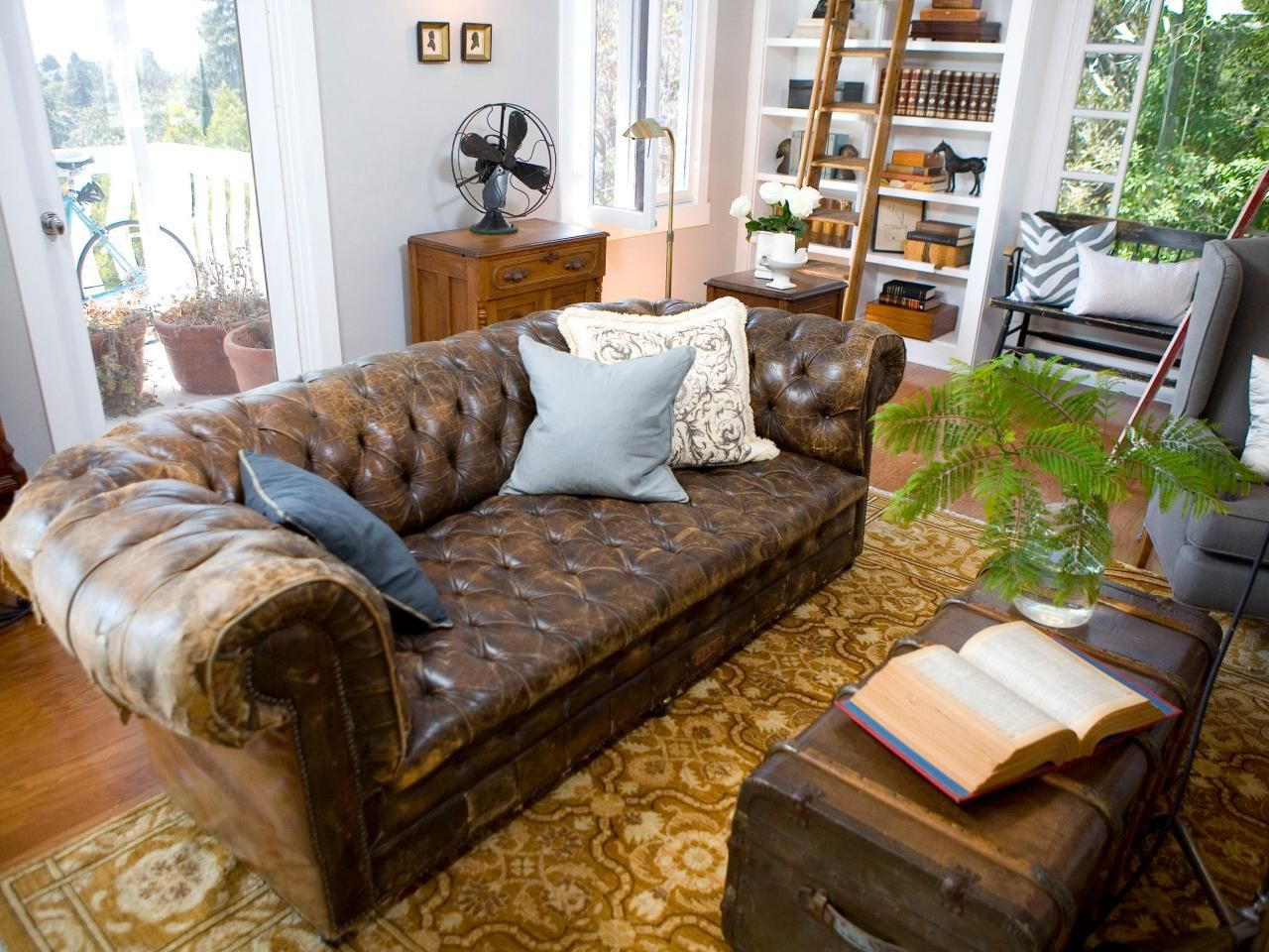 Living Room : Awesome Storage Chest Living Room With Brown Wood Trunk  Coffee Table Also Brown Leather Arms Sofa And Light Brown Pattern Area Rugs  Besides ...