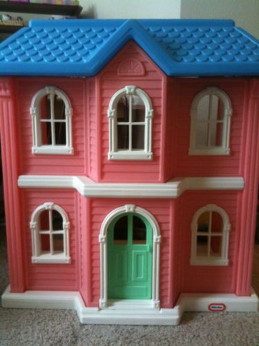 Little Tikes Tykes Barbie Size Pink Doll House Euc Stuff For