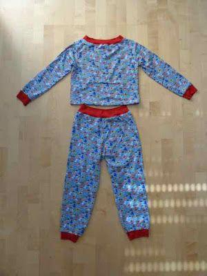 cooler pyjama f r coole jungs aus jersey zuk nftige projekte pinterest jungs stoffe zum. Black Bedroom Furniture Sets. Home Design Ideas
