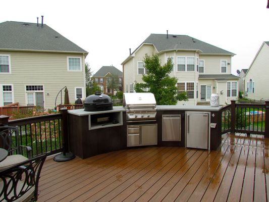 Dilworth Trex Deck With Stacked Stone Outdoor Kitchen Landscapes Pinterest Decking Kitchens And House