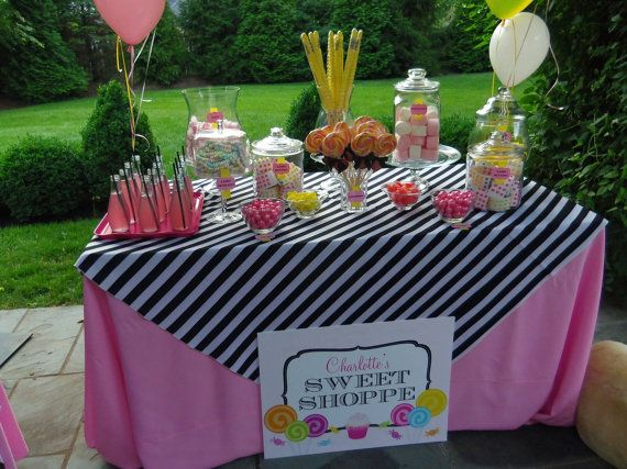 cute table set up! It\u0027s fun to PARTY! Pinterest Sweet 16 and - sweet 16 halloween party ideas