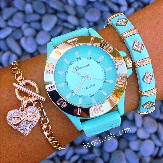 كويتيات كويتيات موضة كويتيات مول كويتيات ستايل كويتيات لاكشيت كويتيات انستغرام موظفات بنات Q8kuwait Q8pic Girls Style Makeup قهوة صور عرب السع Tiffany Watches Fashion Watches Bracelet Watch