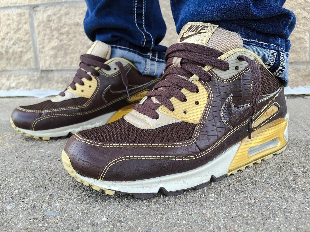 Huf x Nike Air Max 90 Deluxe