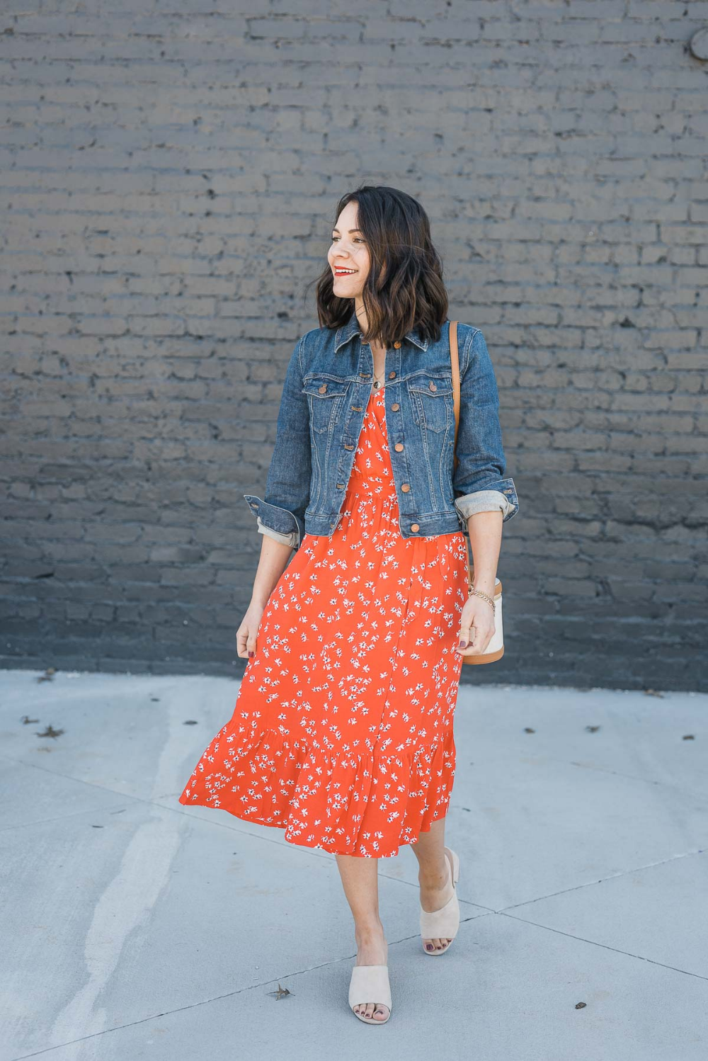 Red Summer Outfit Ideas An Indigo Day Denim Jacket With Dress Casual Summer Outfits Jacket Outfits [ 1498 x 1000 Pixel ]