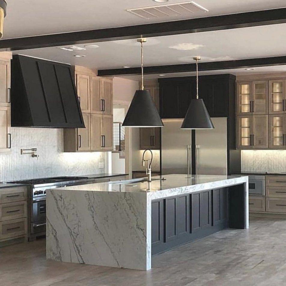 White Oak Kitchen Cabinets Dark Counters White Oak Kitchen Cabinets White Oak Kitchen Cabinet In 2020 Luxury Kitchen Design Interior Design Kitchen Home Kitchens