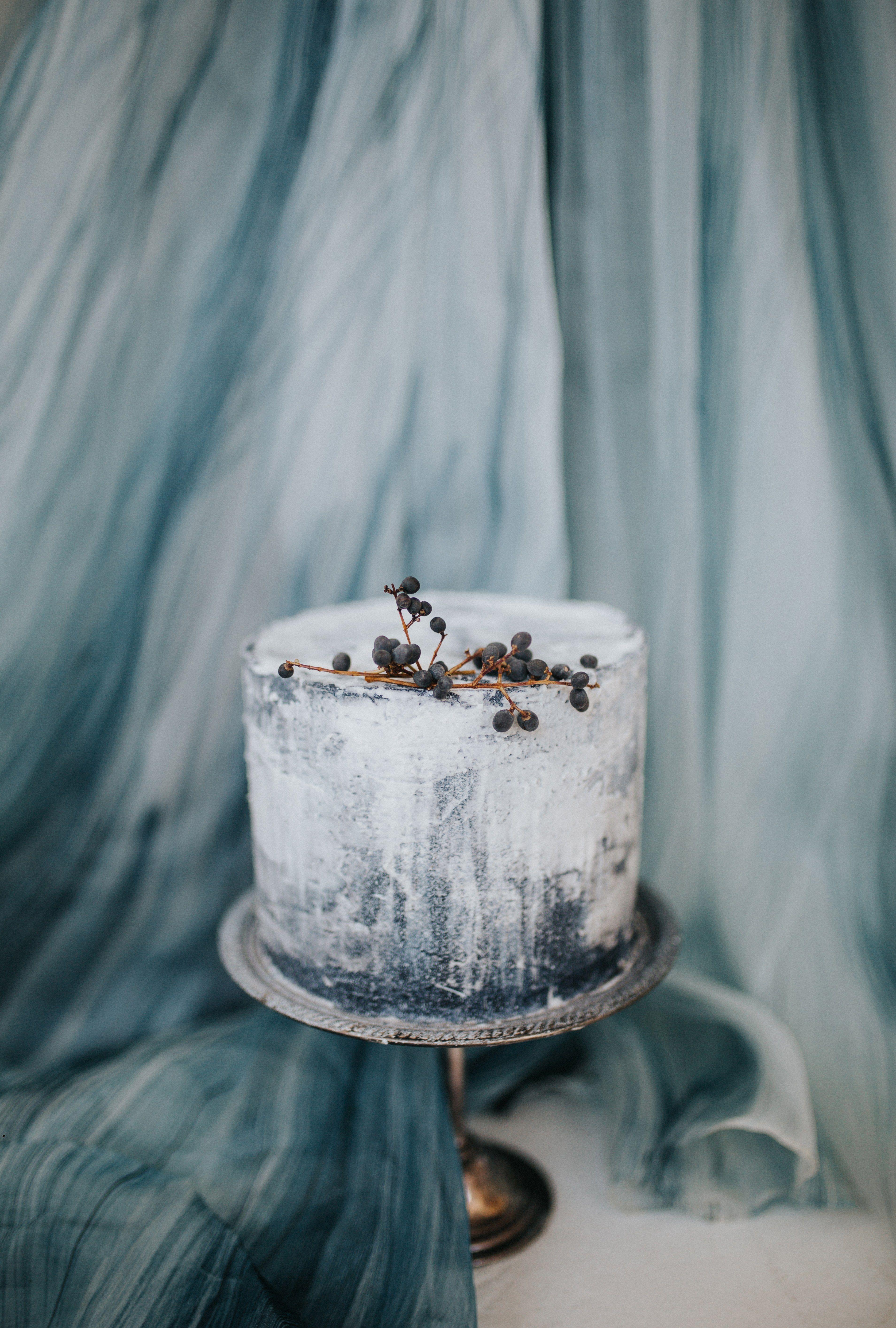 A work of art ivy u stone cake design weddingcake