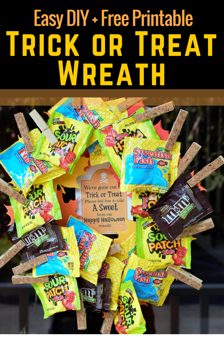 Simple DIY Trick or Treat Halloween Candy Wreath + Free