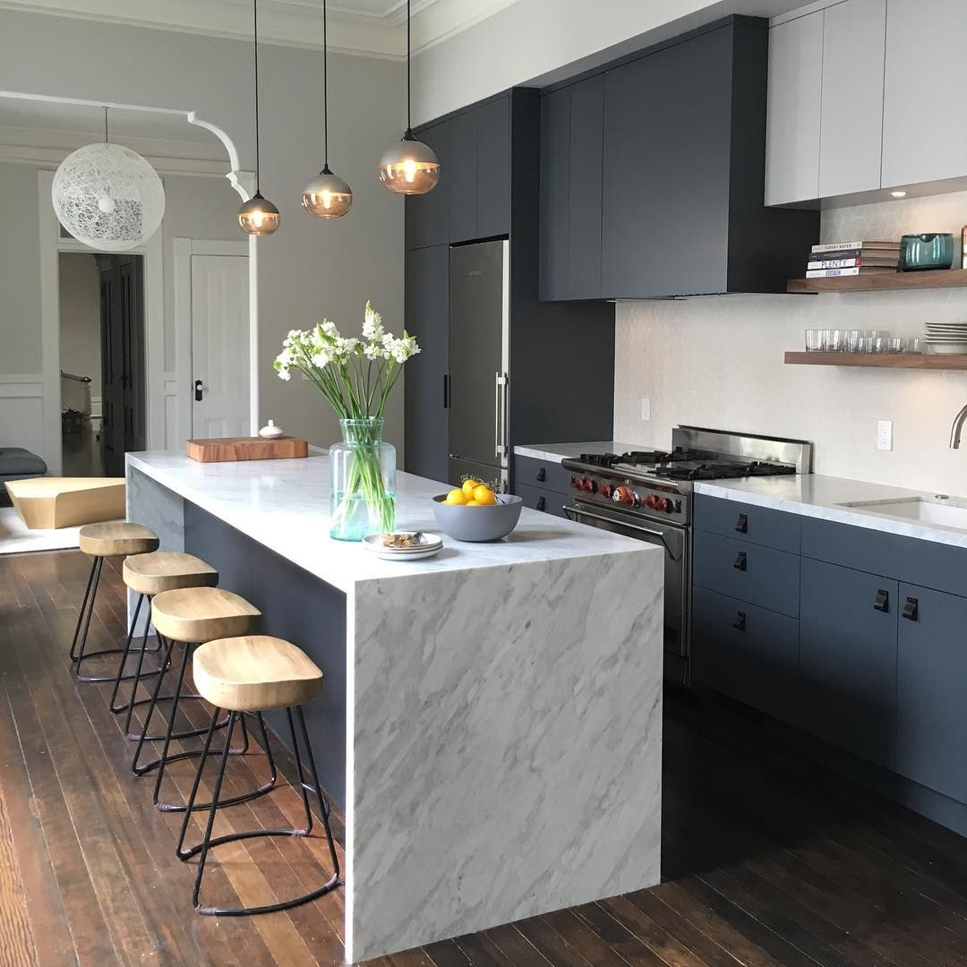 5 Instagrams That Prove Blue Is the Most Versatile Shade for Kitchens