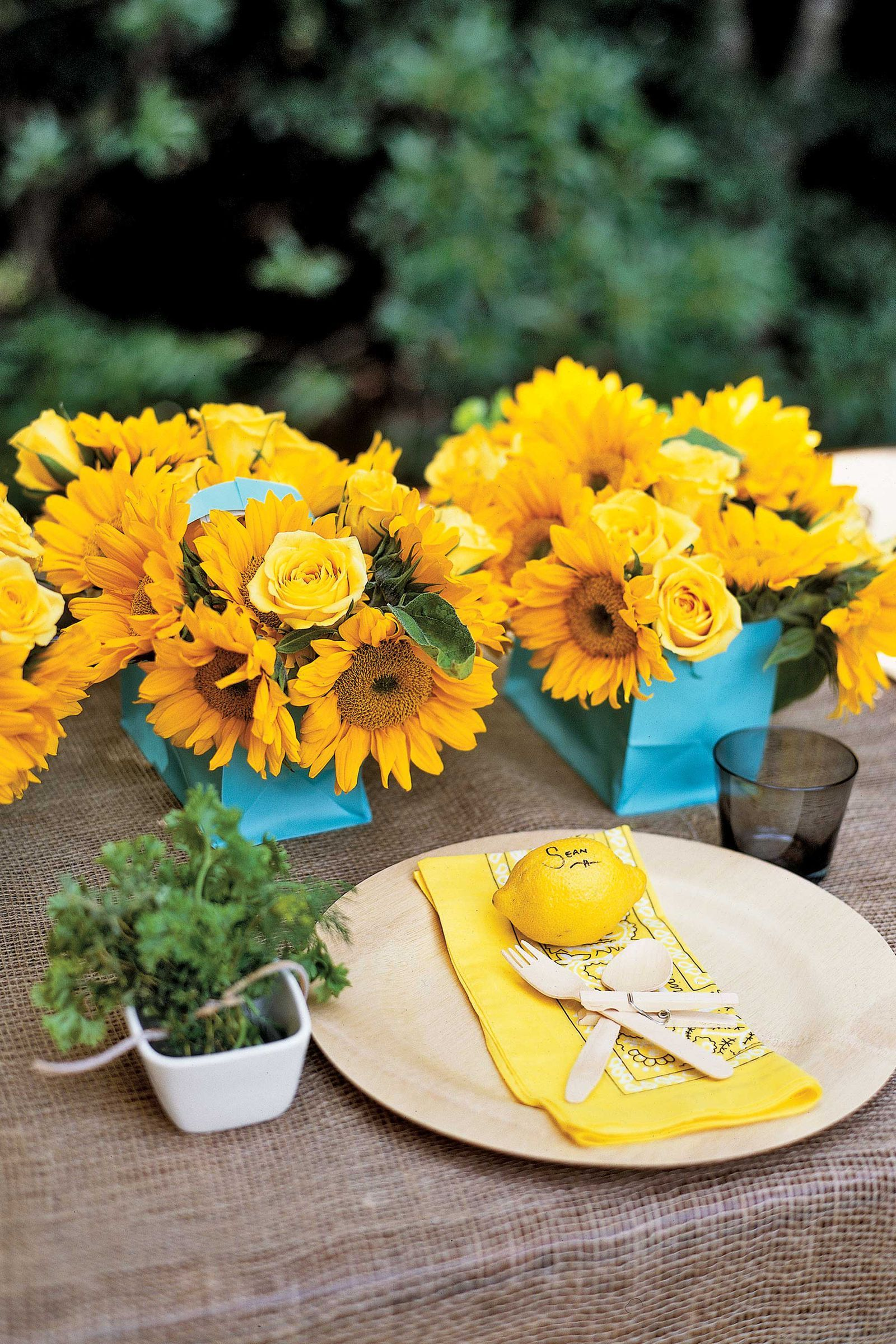 Lemon Place Cards And Sunflowerscountryliving