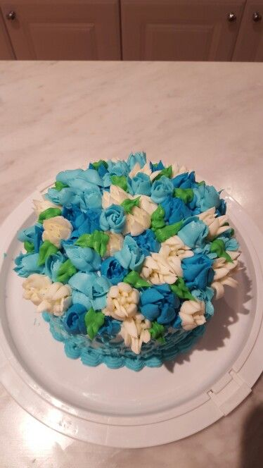 Russian Piping Tips Buttercream Blue And White Cake