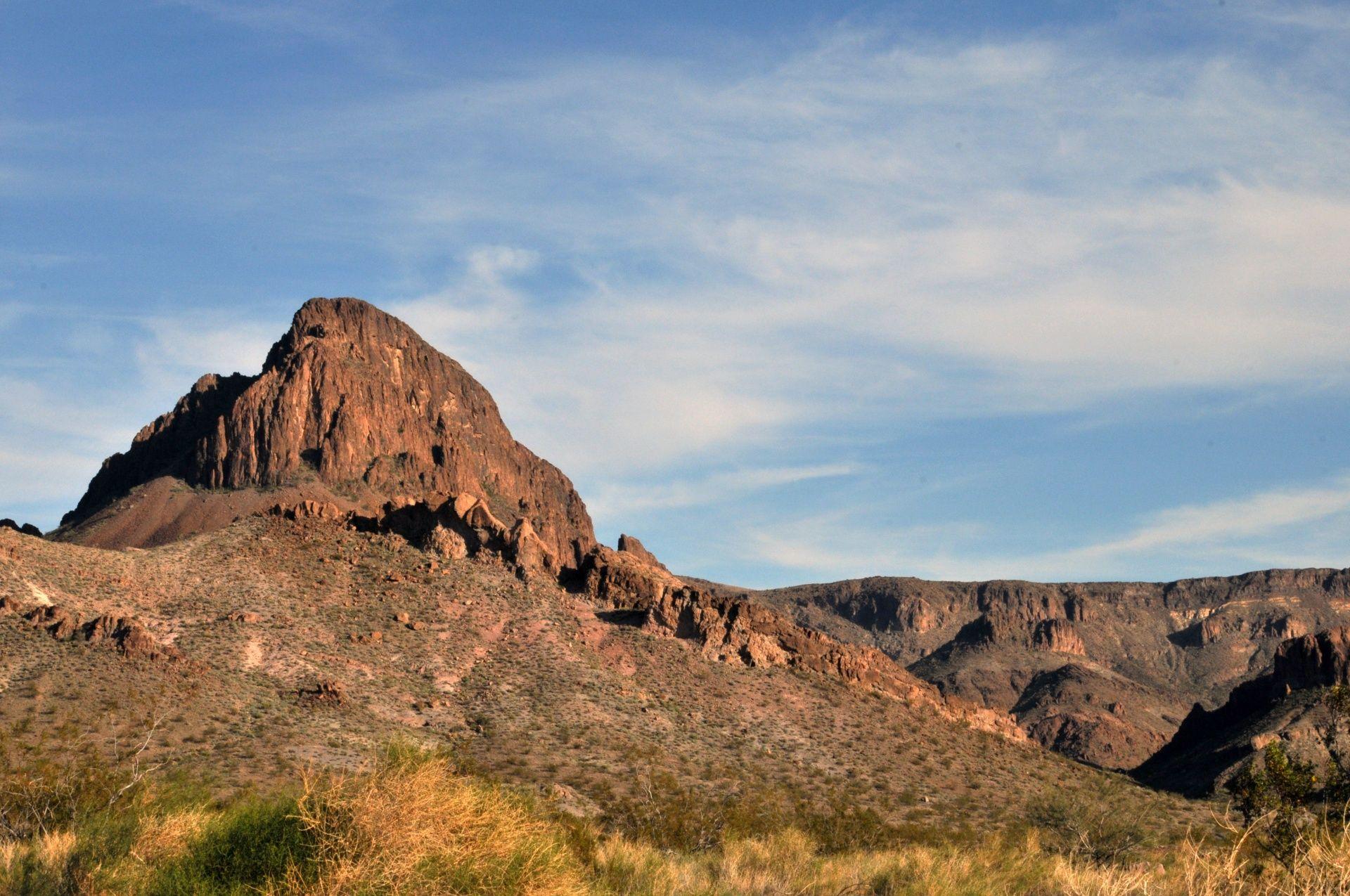 Resultado de imagen de rocky desert