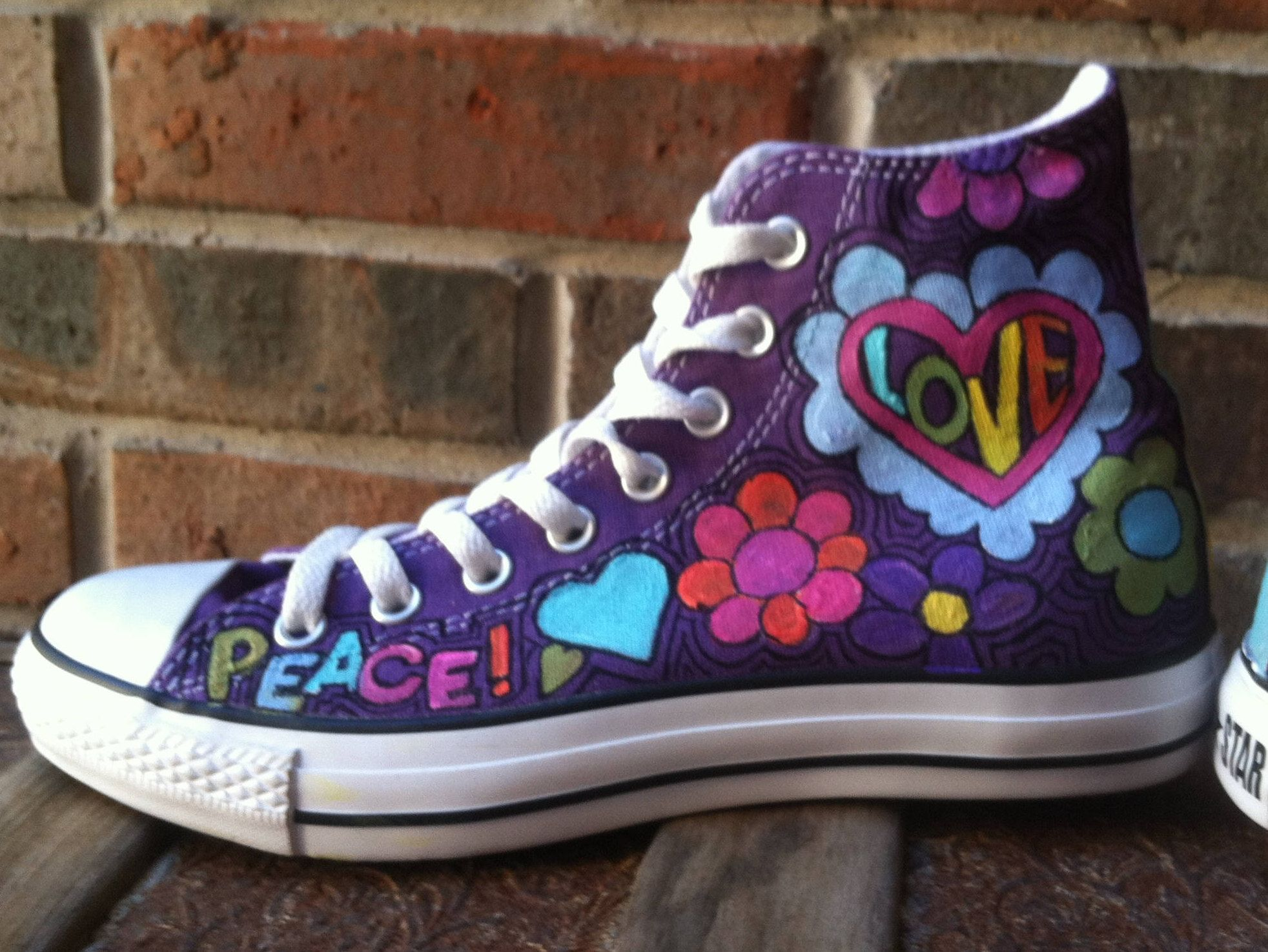 84e8d86afe56b3 Converse Shoes