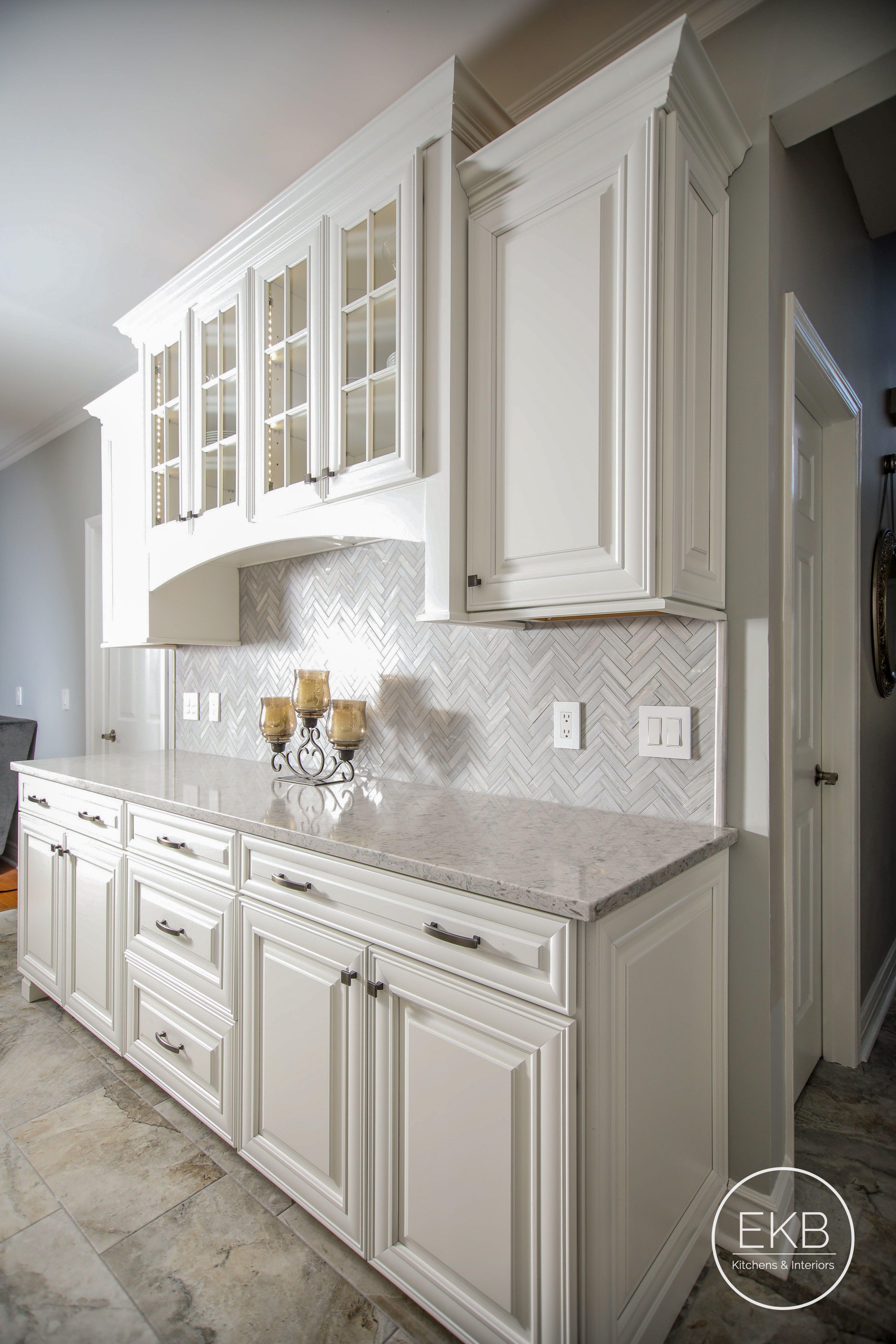 White Built In Hutche Interior Design Kitchen Kitchen Style Kitchen Cabinets