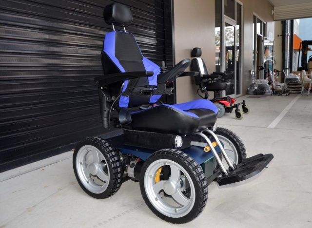 all terrain electric wheelchair circle glass table and chairs out about healthcare a0162 aussie bush 4x4 wheelchairs