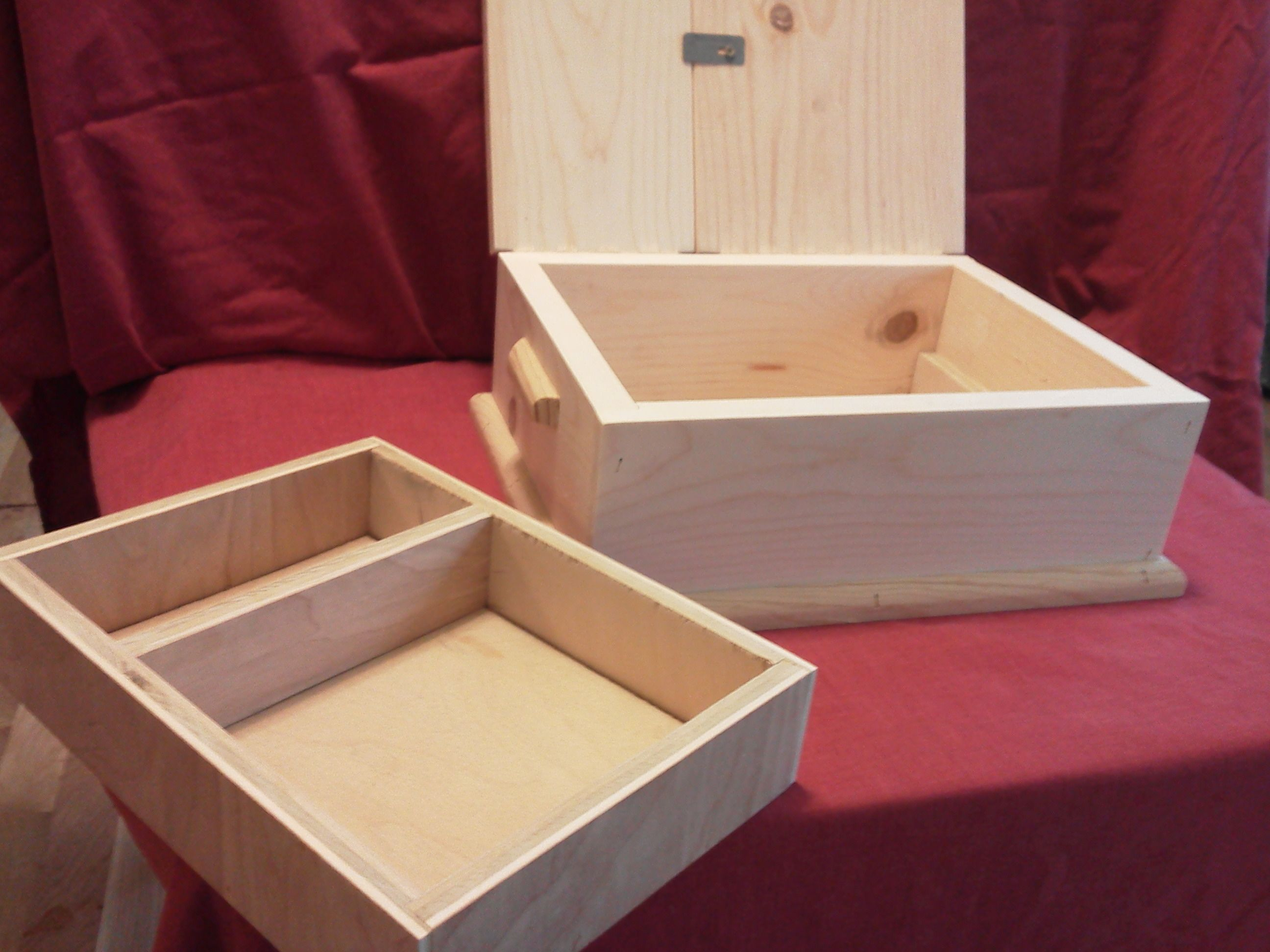 Jewelry Box Made Of 3 4 Inch Pine Tray Made Of 1 4 Inch Birch Plywood Exterior Dimensions 12 1 4 X 10 X 5 Inc Jewellery Box Making Birch Plywood Wood Crafts