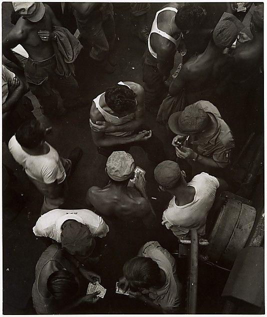 John Gutmann - Trading Money (1945)