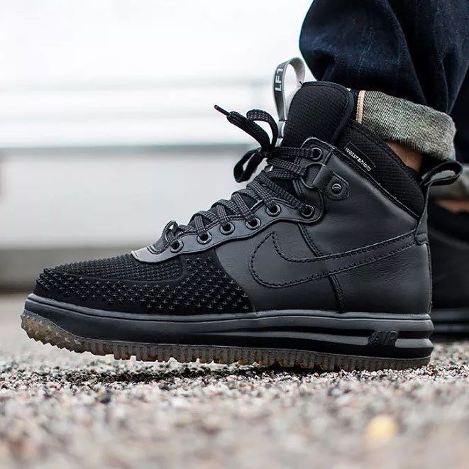 info for 6b984 2361f  hbrecommends   nike Lunar Force 1 Duckboot Black Black. Photo    asphaltgold sneakerstore by hypebeast