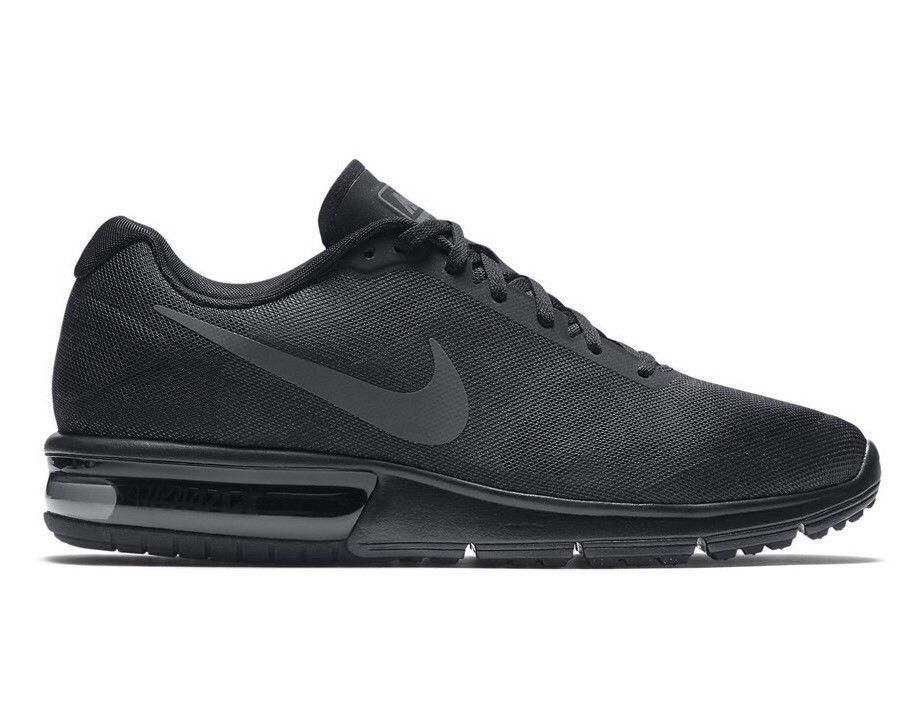 Mens trainers, Nike air max