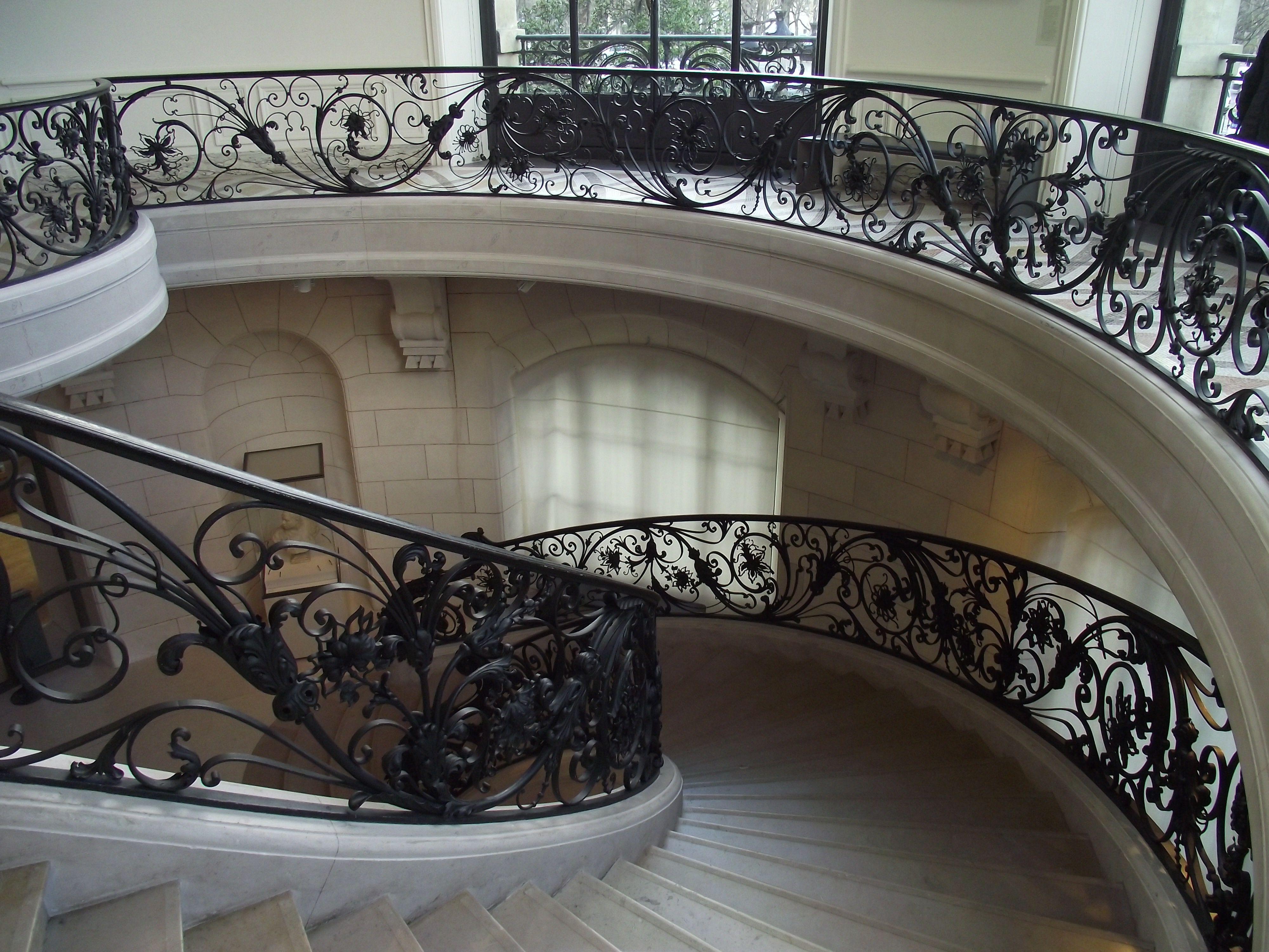 Ferronneries du grand escalier du petit palais dessin es for Architecte grand palais