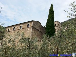 Appunti (e spunti) di viaggio: l'Abbazia benedettina di San Pietro in Valle
