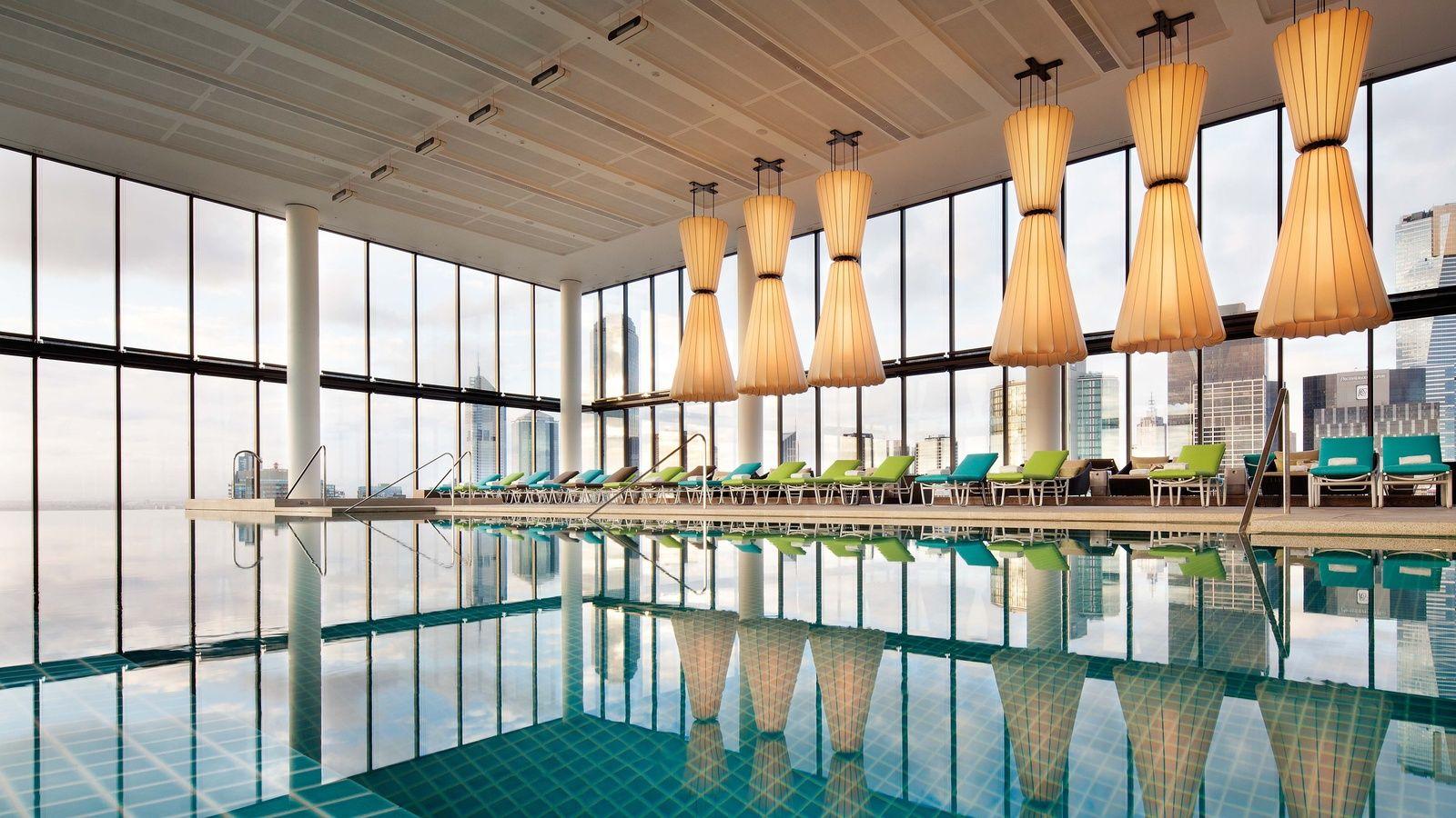 Crown Metropol Hotel Melbourne Cbd Luxury Accommodation