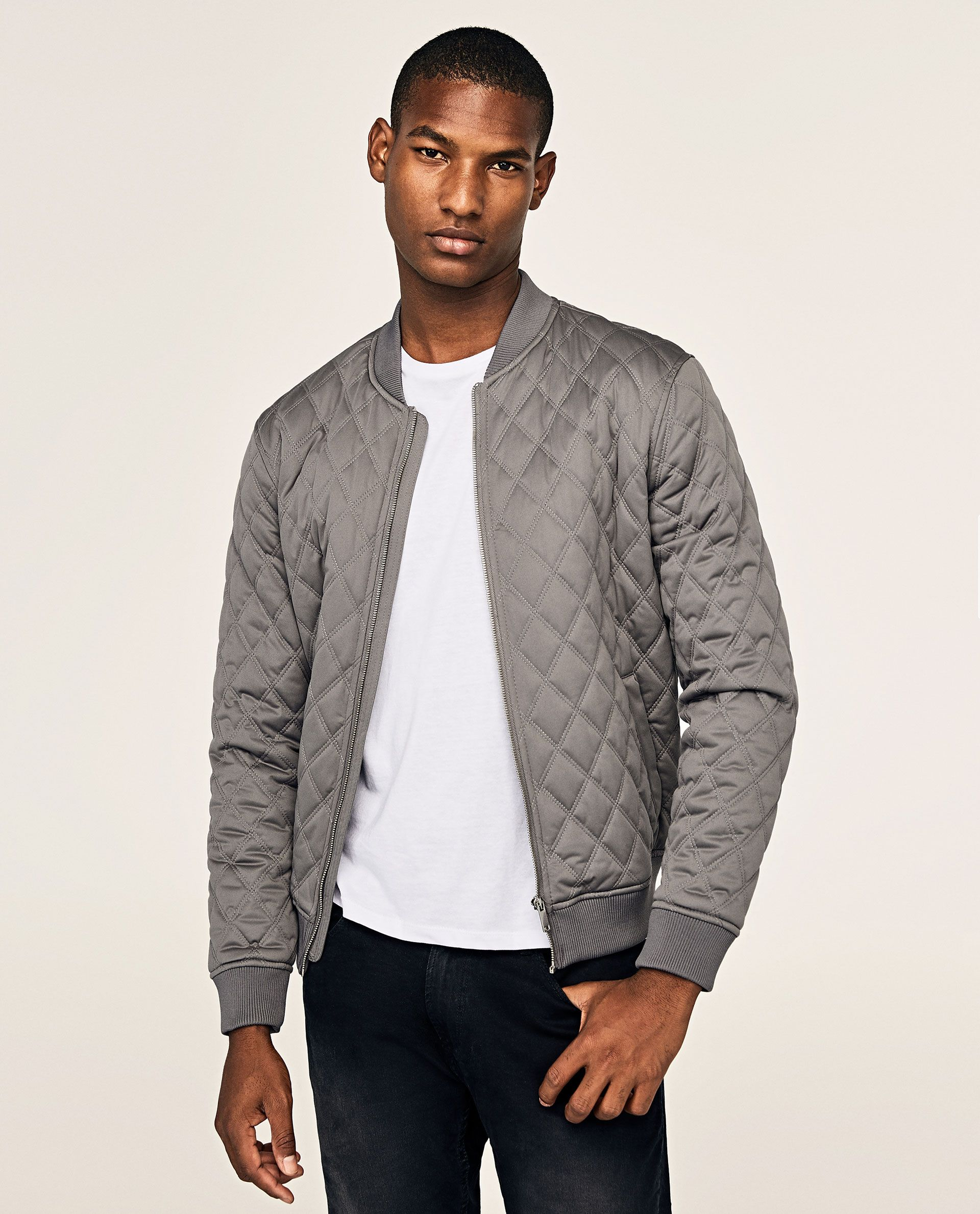 Image 2 of QUILTED BOMBER JACKET from Zara Quilted