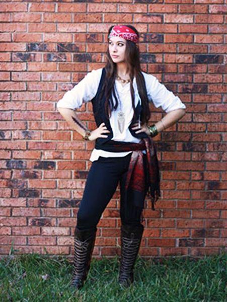30 Pirate Costumes For Halloween Diy Halloween Costumes