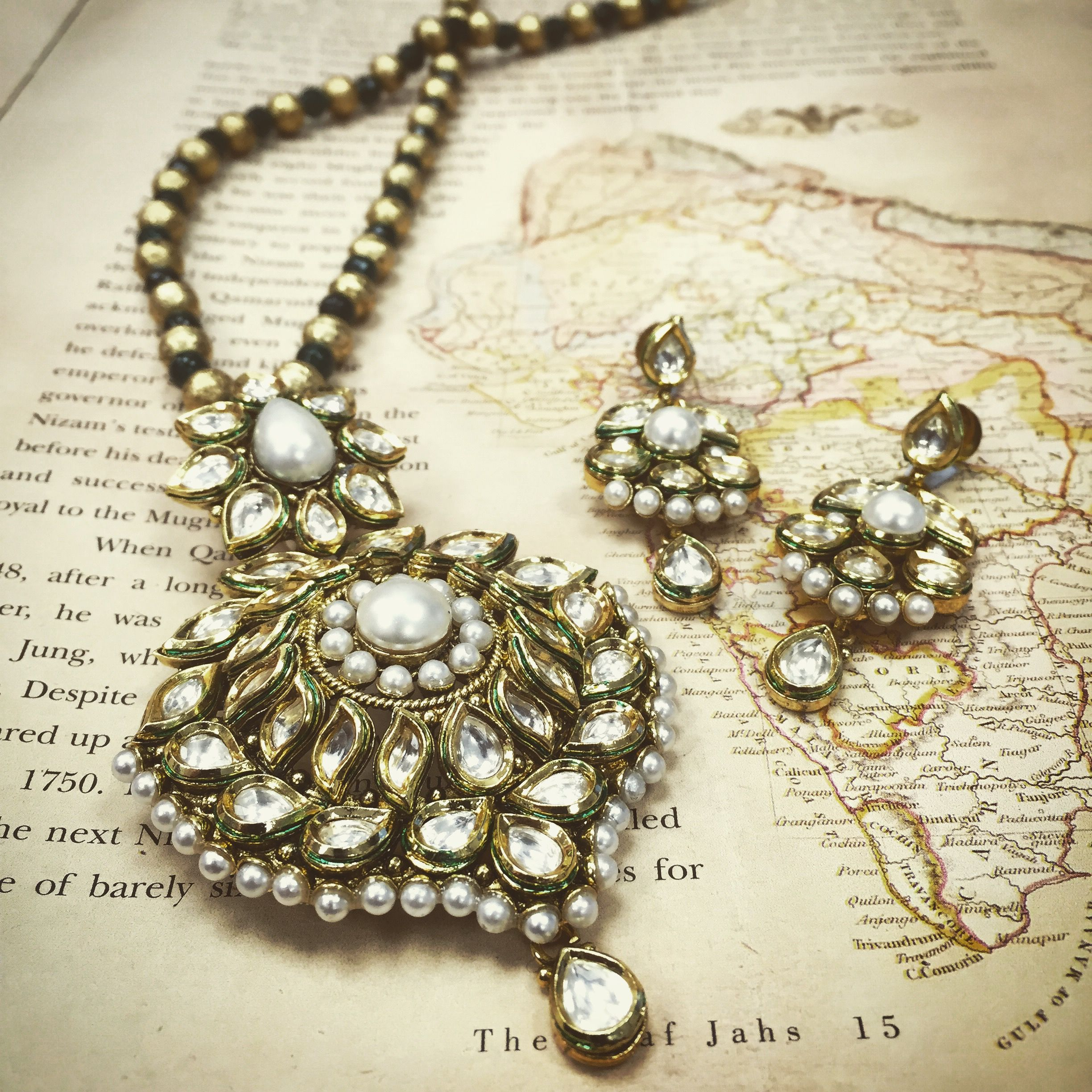 Historically kundan and pearls have always had a natural harmony
