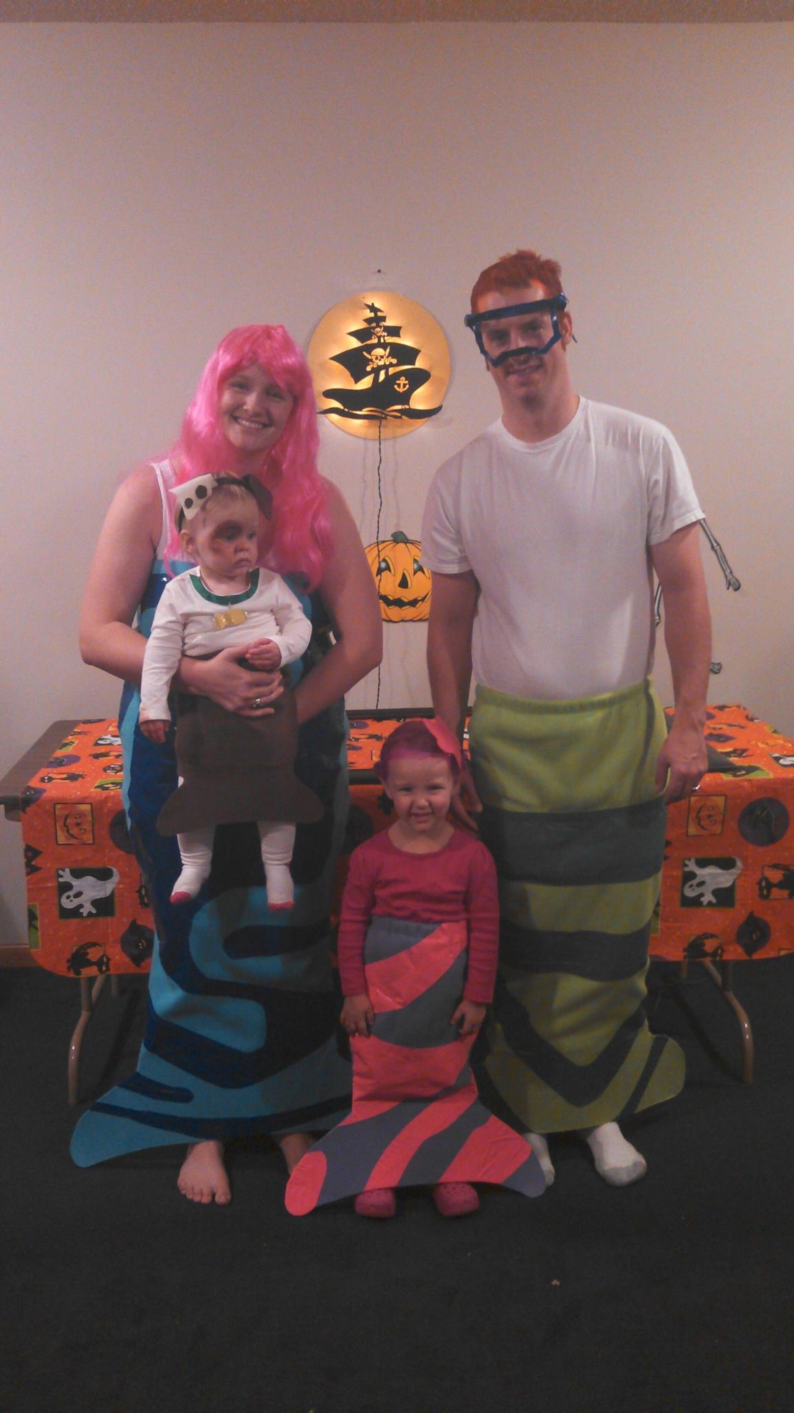 Bubble Guppies Halloween costumes. Easy and fun to make! Molly Oona Nanee & Bubble Guppies Halloween costumes. Easy and fun to make! Molly Oona ...