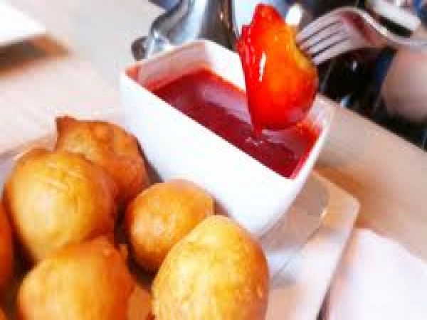 How to make cherry sauce for chicken balls