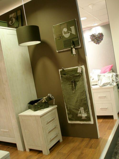 Kinderkamer legergroen google zoeken thijmen slaapkamer pinterest legergroen - Kamer decoratie ideeen ...