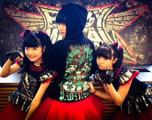 rosamour:   RT @BABYMETAL_JAPAN:...            BABYMETAL TUMBLR BABYMETAL SUMETAL MOAMETAL YUIMETAL JAPAN — rosamour:   RT @BABYMETAL_JAPAN:...{