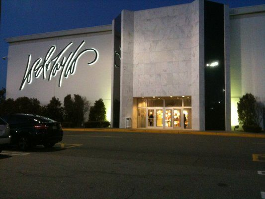 Lord and taylor willowbrook mall wayne nj richards pinterest willowbrook mall garden for Lord and taylor garden state plaza