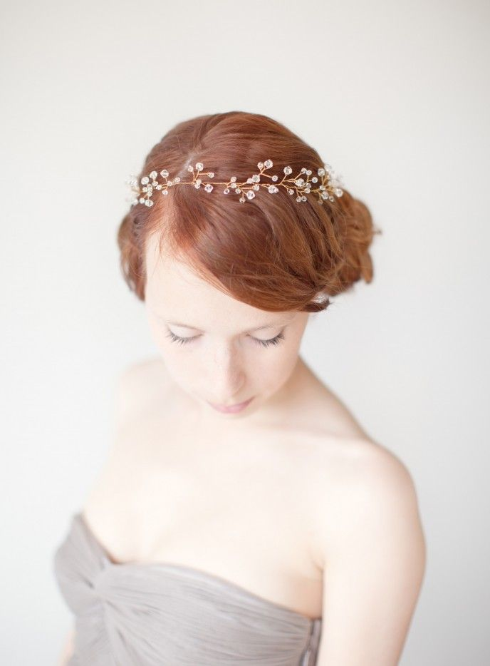 I love this headpiece by SIBO Designs. She creates absolutely amazing stuff!