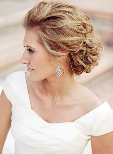 TOP 10 Mother of the bride hairstyles for short hair for 2017 ...