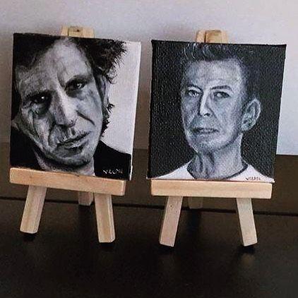 Tiny gifts  #bowie #davidbowie #keithrichards #rollingstones #thestones #music #fanart #fandom #blackandwhite #black #paintitblack #blackstar #artofvisuals #artsanity #art_spotlight #contemporaryart #instaart #instaartist #oilpainting #painting #art #artsy #gift #mini #miniature #igers #artfido