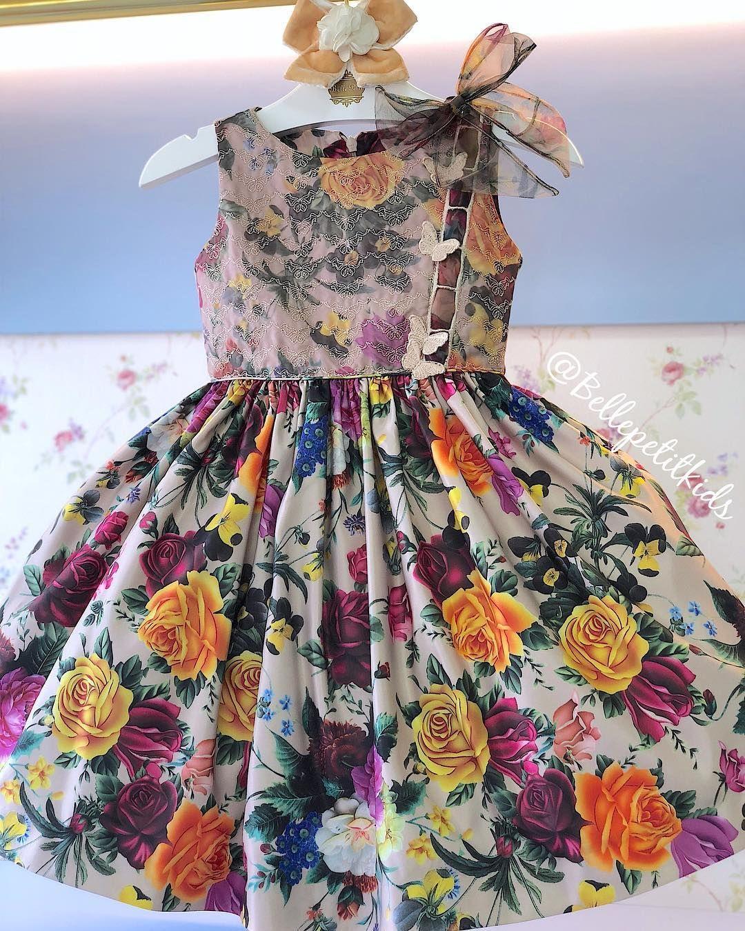 2bf146554 Vestido Mio Bebê dos sonhos! No tecido bucol estampado bordado com  borboletas ele esbanja muita
