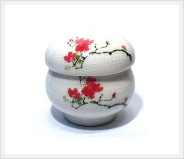 White porcelain infuser teacup, White porcelain infuser teacup ...