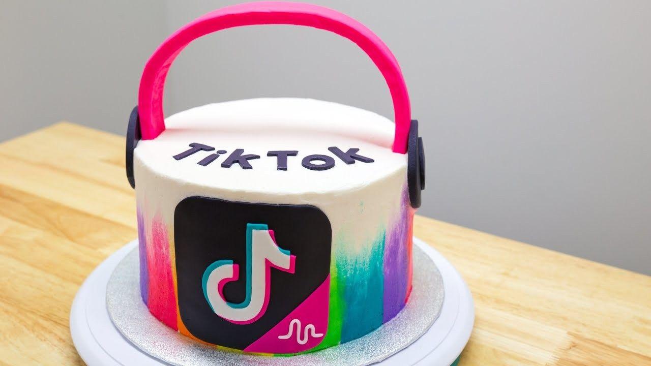 Tik Tok Cake 13th Birthday Cake For Girls Birthday Cake Girls Birthday Cakes For Teens