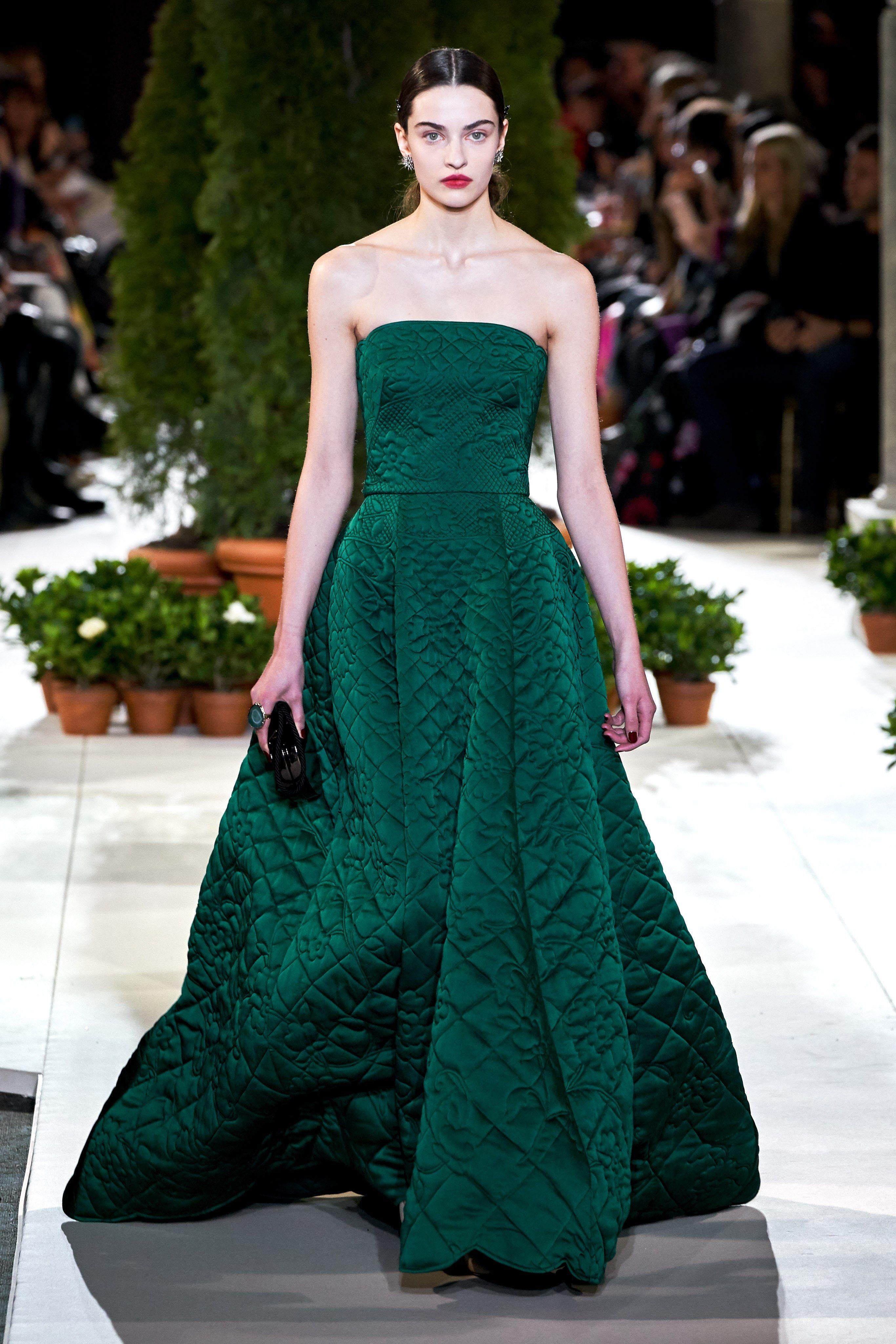 7affec7b7 Oscar de la Renta Fall 2019 Ready-to-Wear Fashion Show em 2019 ...