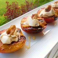 #Grilled Peaches and Cream | #dessert #summer