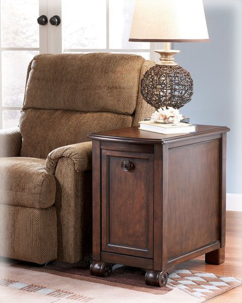 Best Traditional Classics Chairside End Table T496 7 122 55 400 x 300