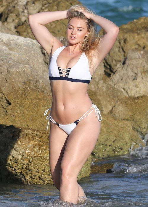 iskra lawrence weight