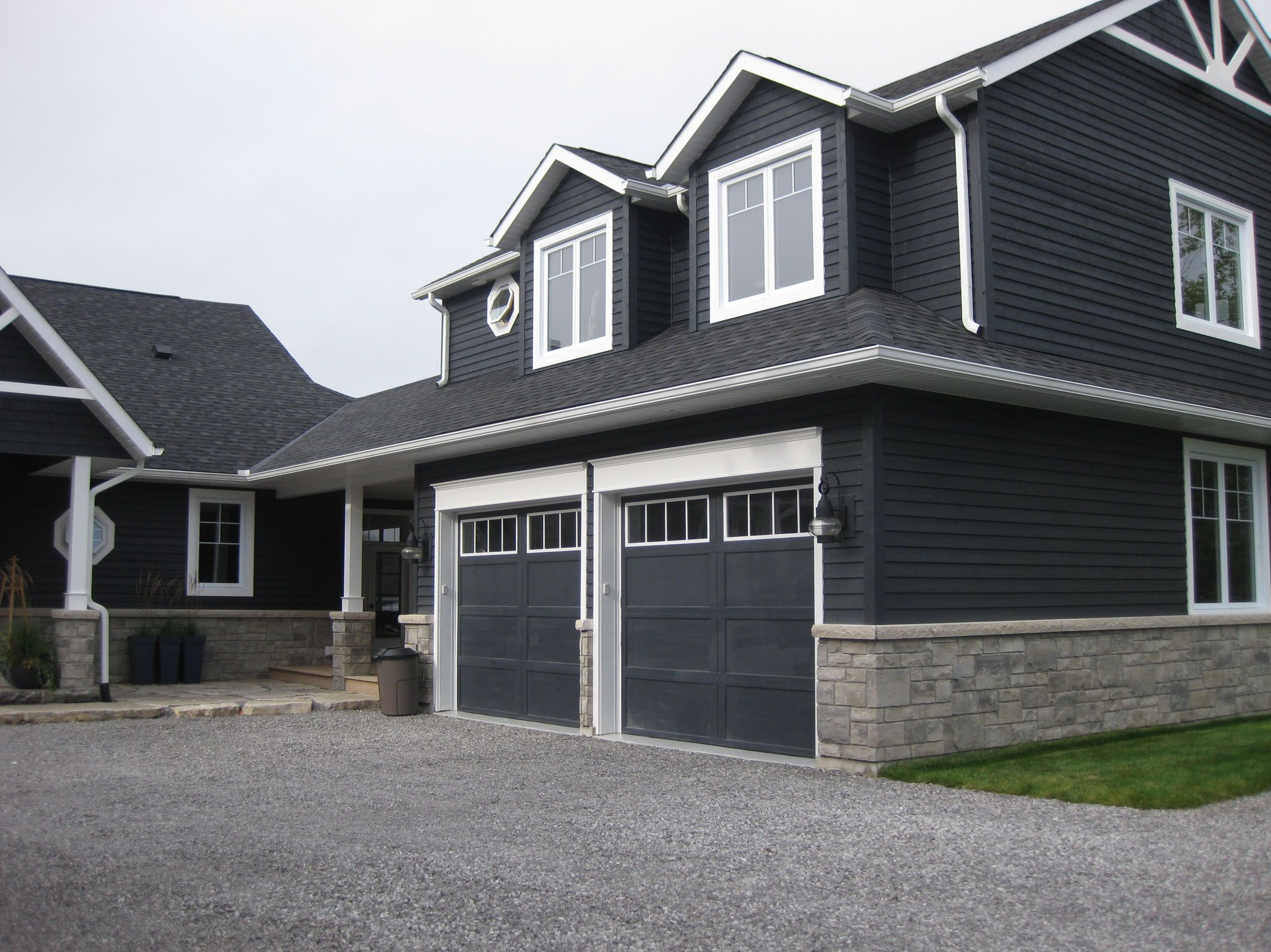 Dark grey house exterior google search house exterior for Blue siding house