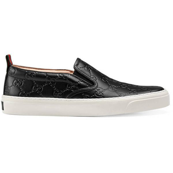 Gucci Signature Slip-On (4.740 NOK) ❤ liked on Polyvore featuring shoes, sneakers, black, slip-on sneakers, black leather trainers, black trainers, black rubber sole shoes and leather slip on shoes