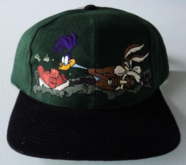 Vintage Wile E Coyote   Road Runner Looney Tunes Snapback Hat VTG by  StreetwearAndVintage on Etsy a7441b317b7c