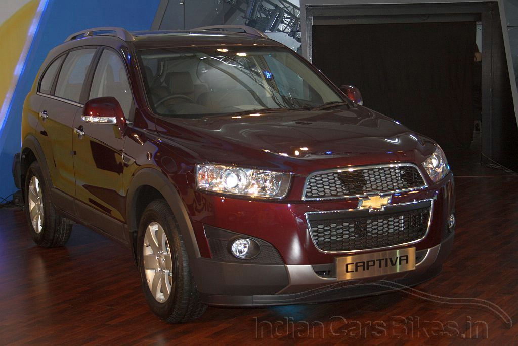 The Facelifted 2012 Chevrolet Captiva Suv Will Be Launched In India During March Chevrolet Captiva New Cars Top Cars